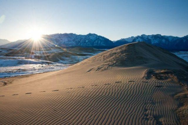 Пустыня среди ледников в Забайкалье
